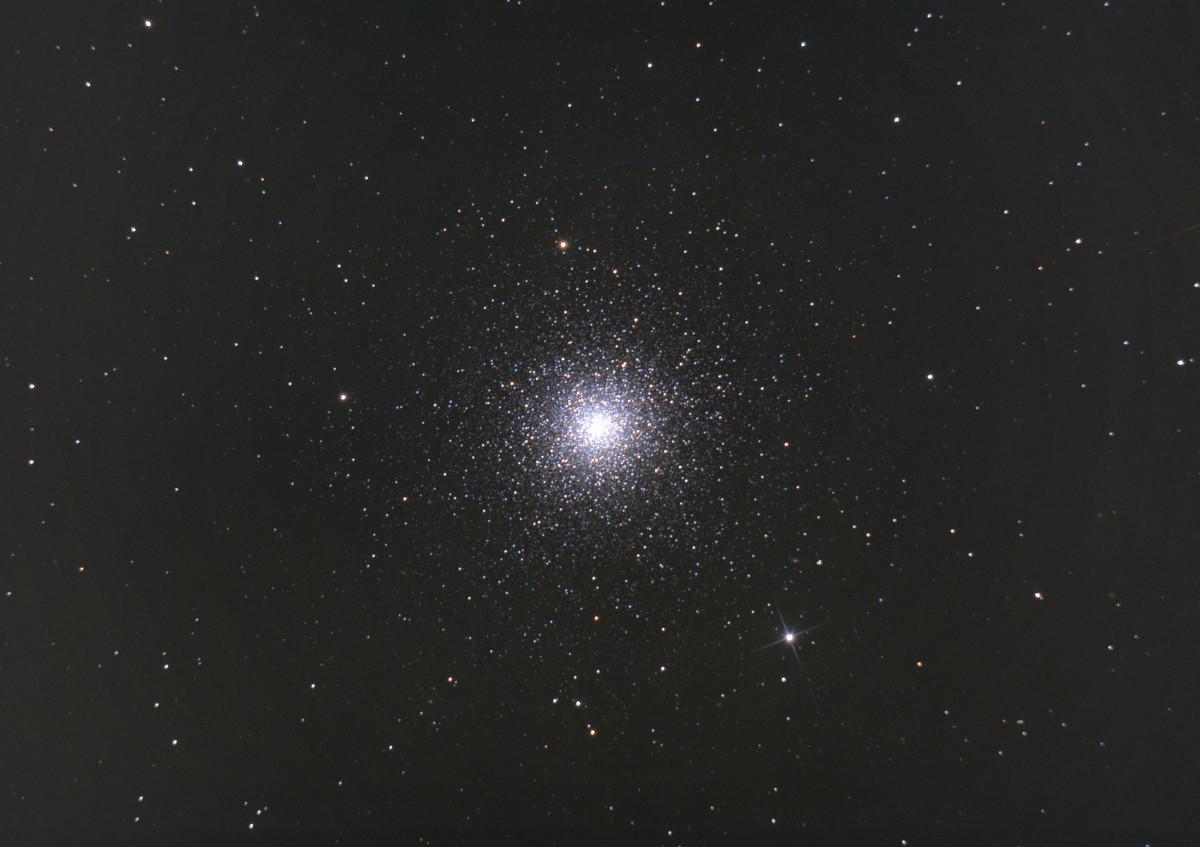 Messier 3 - erste Mal gedithert